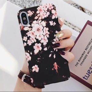 NEW iPhone X/XS Black Sakura Flower Case